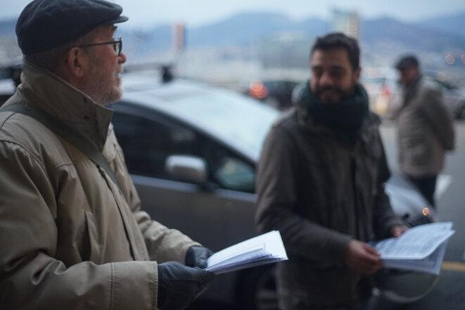 Giuliano Giuliani avec le jeune candidat de Potere al Popolo, Mauro Servalli © AP