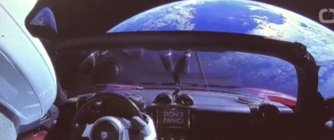 Vers l'infini et au-delà... en Tesla, bien entendu