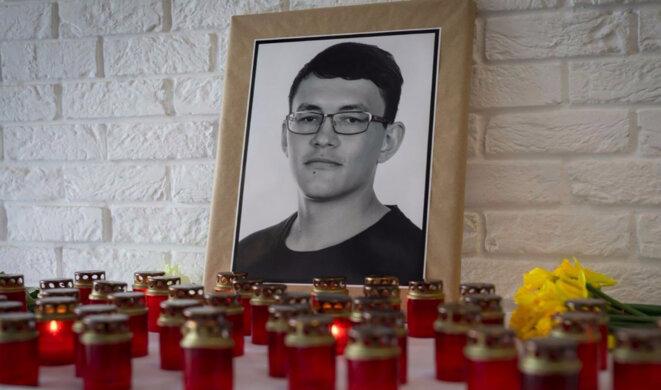 Un mémorial pour le journaliste slovaque assassiné Jan Kuciak. © Aktuality.sk