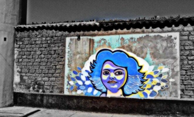 Sur le mur de la prison de La Esperanza, ille natale de Berta Caceres © Kassandra