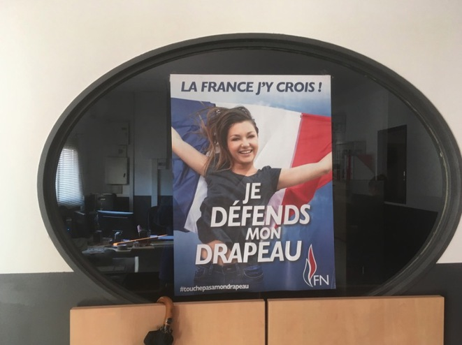 Au local du FN de Carpentras.