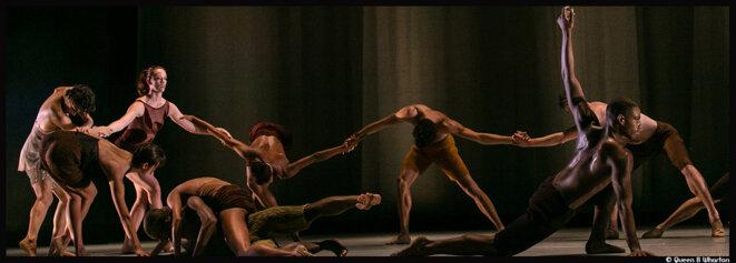 Au théâtre national de Danse de Chaillot, Alonzo King donne vie au chant de Lisa Fischer © Queen B Wharton