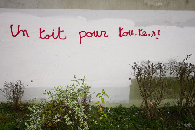 Un toit pour tou.te.s © Val K - https://www.flickr.com/people/valkphotos/