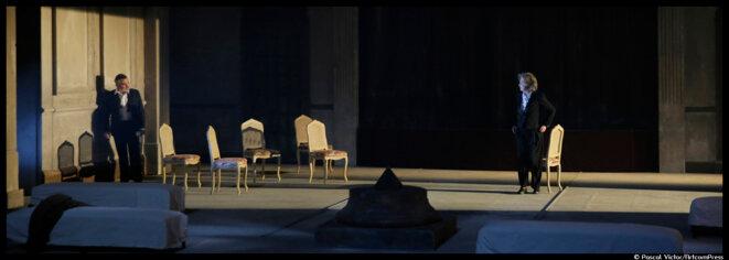 Au Quai – Angers, Dominique Valadié incarne Lady Macbeth sous la direction de Frédéric Bélier-Garcia © Pascal Victor / ArtcomPress