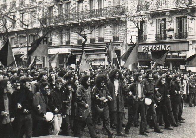 Cortège de l'ORA lors des funérailles de Pierre Overney le 4 mars 1972 © DR