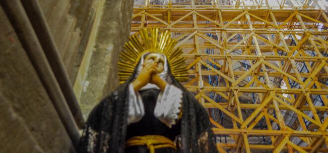 Etaiement d'une église du XVIIe siècle fortement affectée par le séisme du 19 septembre 2017, à Mexico © Clément Detry
