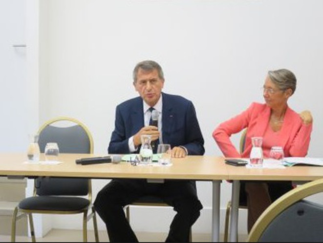Jean-Cyril Spinetta et Élisabeth Borne en octobre 2017, au lancement de la mission sur la réforme de la SNCF. © DR