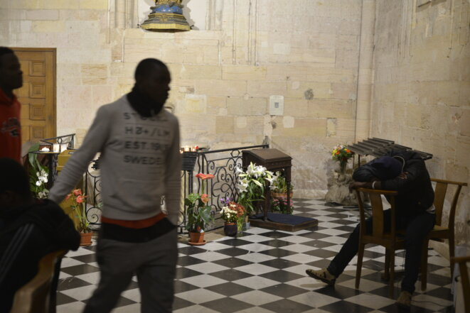 Dans l'église Saint-Ferréol, à Marseille, fin novembre. © LF