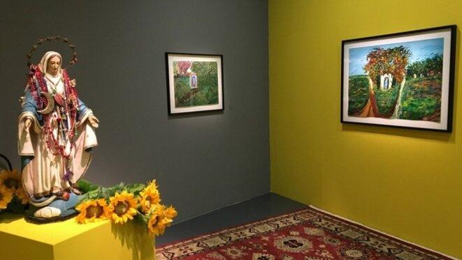 """Vue de l'exposition """"Ceija Stojka. Une artiste rom dans le siècle"""", Maison Rouge - Fondation Antoine de Galbert, Paris, 2018 © Guy Royer"""