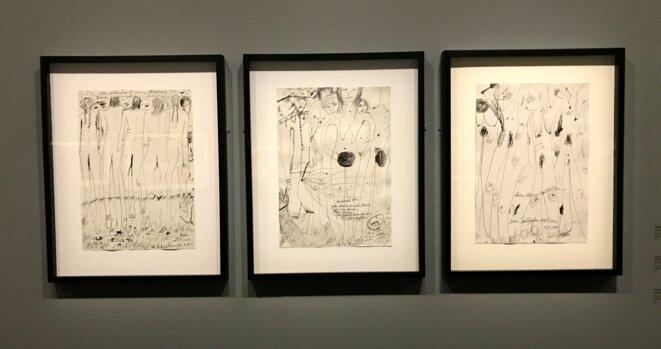 """Ceija Stojka, """"Femmes mises à nu à Auschwitz"""", encre sur papier, 2003, Galerie Kai Dikhas, Berlin © Ceija Stojka"""
