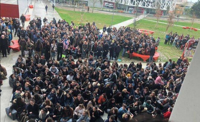 Une assemblée générale à l'université Toulouse Jean-Jaurès, le 27 mars. © Compte Twitter de la section Unef de Toulouse.