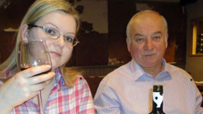 Sergueï Skripal et sa fille Youlia victimes du Novitchok © Peoples.ru