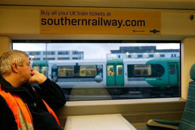 Un cheminot britannique à la gare de Brighton, au sud de Londres, le 2 septembre 2016. © Reuters