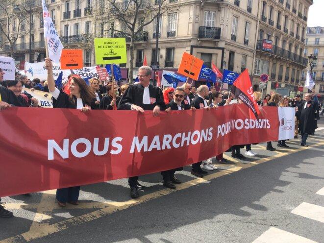 Dans la manif parisienne du 11 avril. © MD