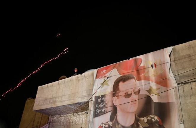 Imagen de Bashar al-Assad en un muro de Damasco el 8 de abril de 2018. © Reuters