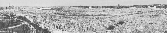 warsaw-ghetto-destroyed-by-germans-1945