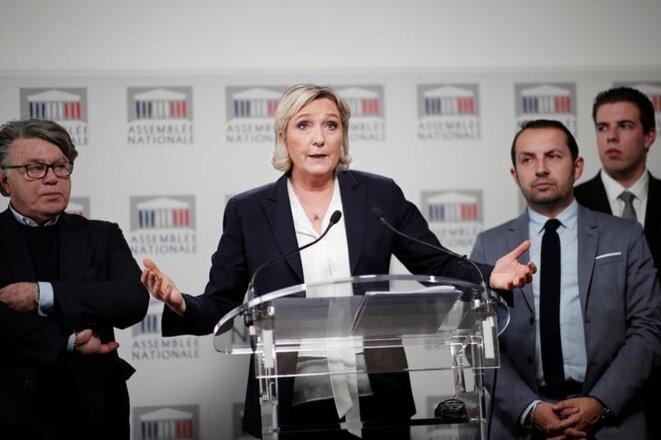 Les députés FN Gilbert Collard, Marine Le Pen, Sébastien Chenu et Ludovic Pajot. © Reuters