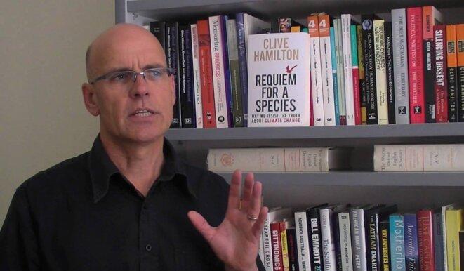 """Universitaire australien Clive Hamilton, auteur du """"Silent Invasion"""" © SCMP"""
