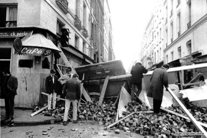 1968-mai-barricade-pave01