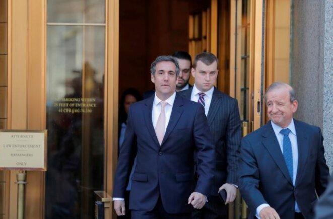 Michael Cohen sort d'une cour fédérale de Manhattan, le 26 avril © Reuters