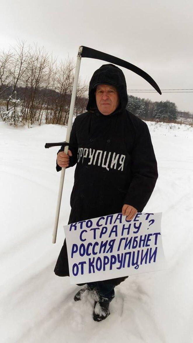 Qui sauvera la Russie? La corruption tue le pays! © Valery Tsaturov