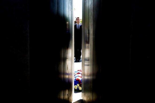 Emmanuel Macron à Paris, lors des commémorations du 8 mai. © Reuters