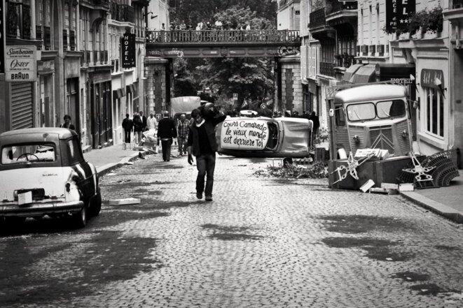 vieux-monde-barricade