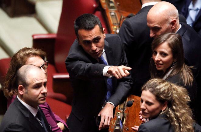 Luigi di Maio avec d'autres parlementaires du M5S, élus aux législatives du 4 mars 2018. © Reuters