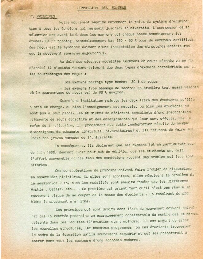 Proposition pour un contrôle continue des étudiants plutôt qu'un examen barrage. © Commission des examens de l'université de Jussieu