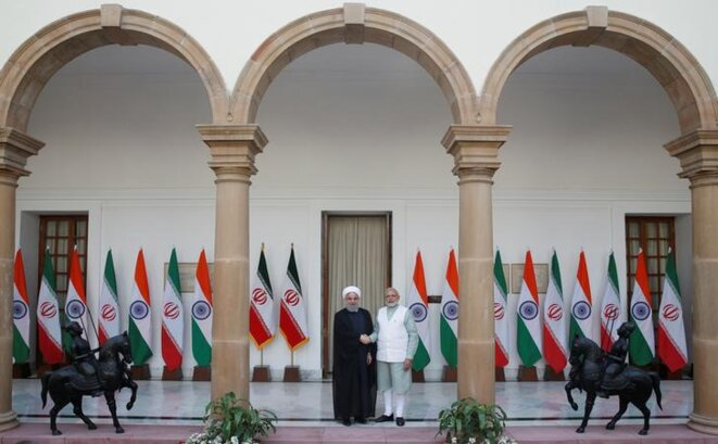 En février 2018, le président iranien, Hassan Rohani (g.), et le premier ministre indien, Narendra Modi, s'étaient mis d'accord sur les ventes de pétrole. © Reuters