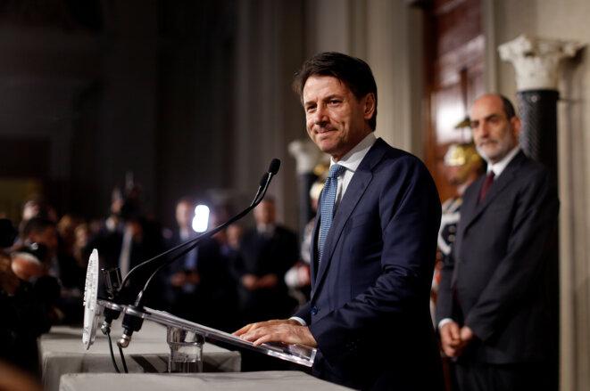 Giuseppe Conte, mercredi 23 mai, pendant sa déclaration à la presse après sa rencontre avec le président. © Reuters