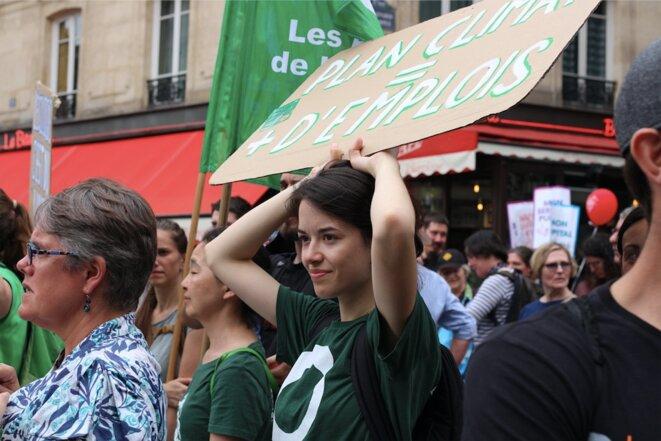 L'association les Amis de la terre, mobilisée à Paris. © MG