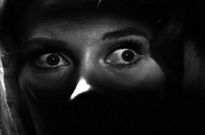 "Capture d'écran du film ""Carnival of Souls"" (1962)."