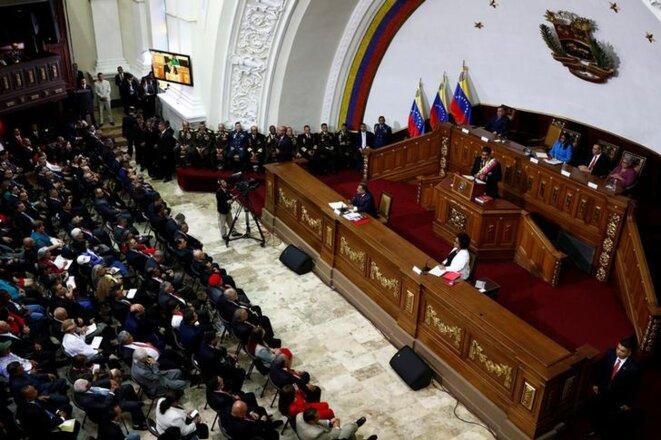 Nicolas Maduro prête serment devant l'Assemblée constituante, le 24 mai 2018, à Caracas. © Reuters