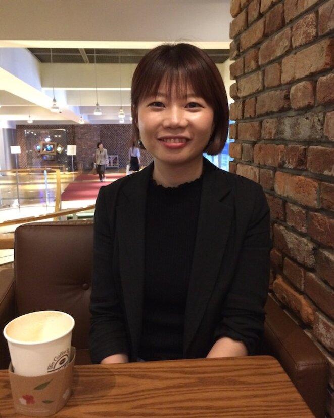 Moon A-young dans un café du boulevard Sejong à Séoul.