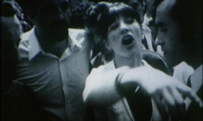 Image fixe de « La Reprise du travail aux usines Wonder », dans « Reprise ».