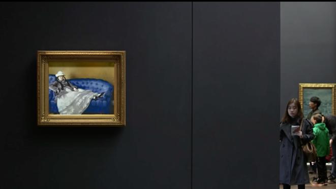 Une image de «À quoi pense Madame Manet (sur son canapé bleu) » (2017)
