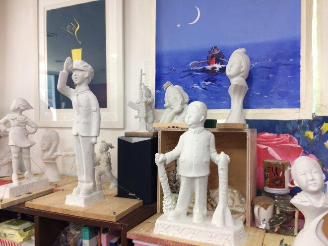 Quelques modèles attendant un financement pour devenir sculptures coulées dans le bronze ou la résine...