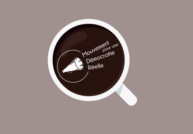 Logo des café-débat du Mouvement pour une Démocratie Réelle
