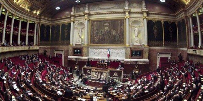 À l'Assemblée nationale, les députés critiquent la multiplication des projets de loi. © Reuters