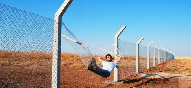 border0-1728x800-c