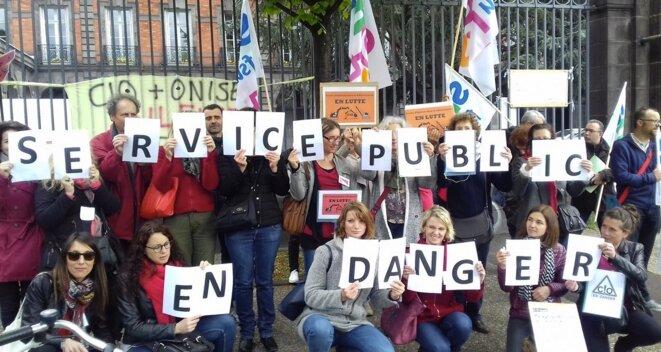 Mobilisation du Snes à Clermont-Ferrand le 3 mai © Snes / Twitter.