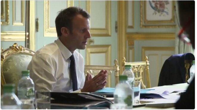 Photo extraite de la vidéo de la conseillère presse et communication à l'Élysée