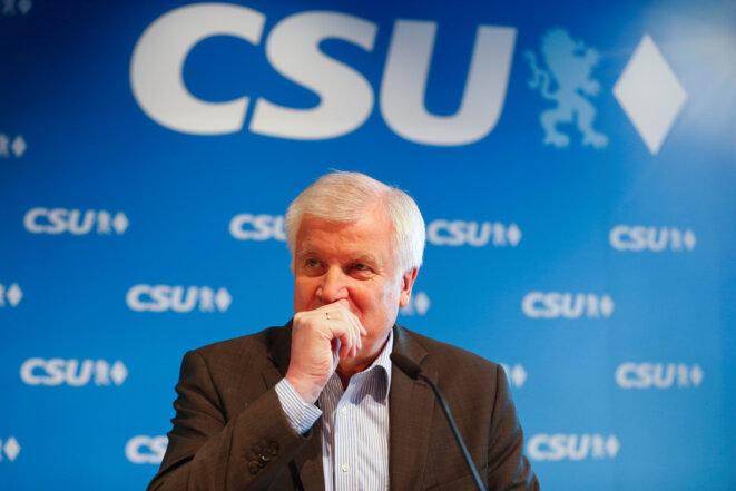 Le ministre de l'intérieur allemand Horst Seehofer à l'issue d'une réunion de la CSU bavaroise, à Munich le 18 juin 2018. © Reuters/Ralph Orlowski