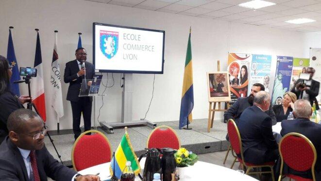 SEM Flavien ENONGOUE présente les secteurs prioritaires du PRE aux chefs d'entreprises