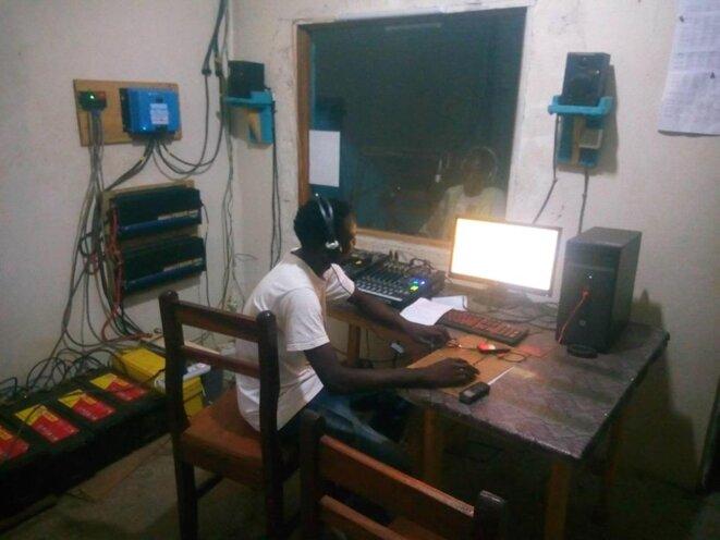 Radio La Voix de La Ouaka, Bambari, RCA, il y a quelques jours. © Bernardin Sylvain Redjal
