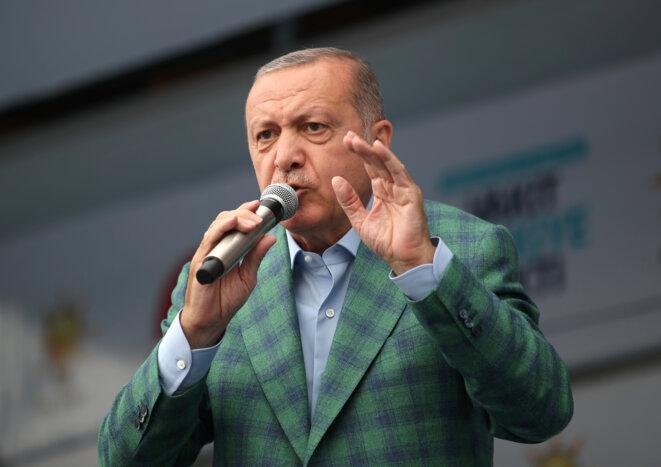 Le président turc Recep Tayyip Erdogan lors d'un meeting à Istanbul, le 23 juin 2018. © Reuters / Umit Bektas