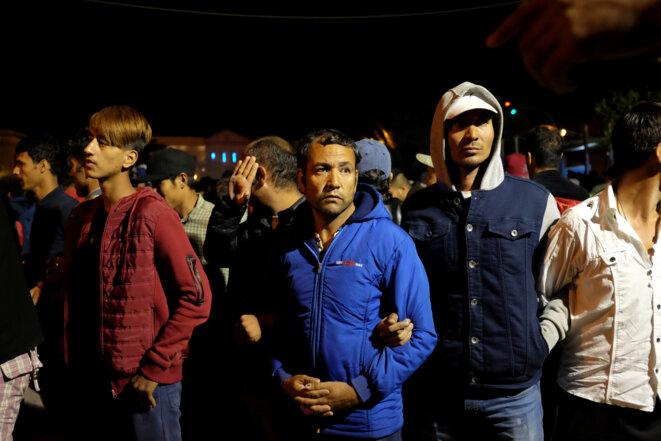 Manifestation sur l'île grecque de Lesbos, contre les conditions d'accueil du « hotspot » de Moria, le 23 avril 2018. © Reuters
