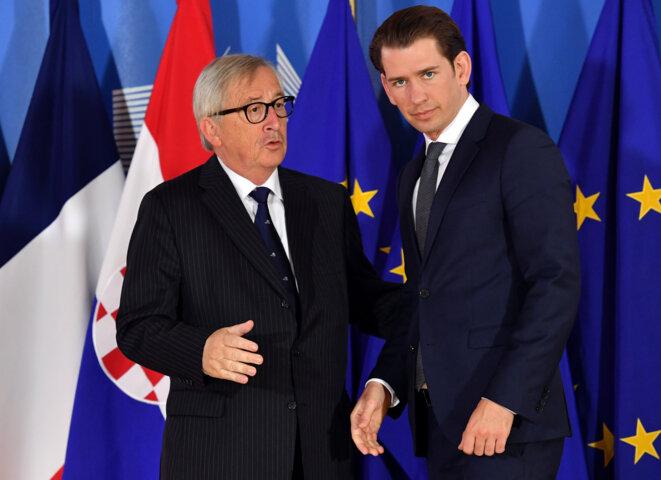 Sebastian Kurz avec le président de la Commission européenne Jean-Claude Juncker. © Reuters