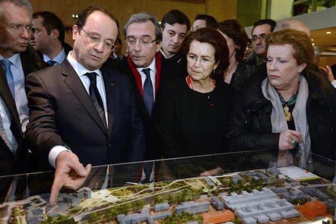 Roland Ries avec François Hollande en 2014. © Reuters